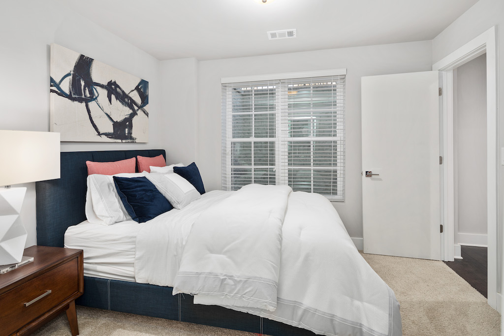 Make guests comfortable with quality towels and linens