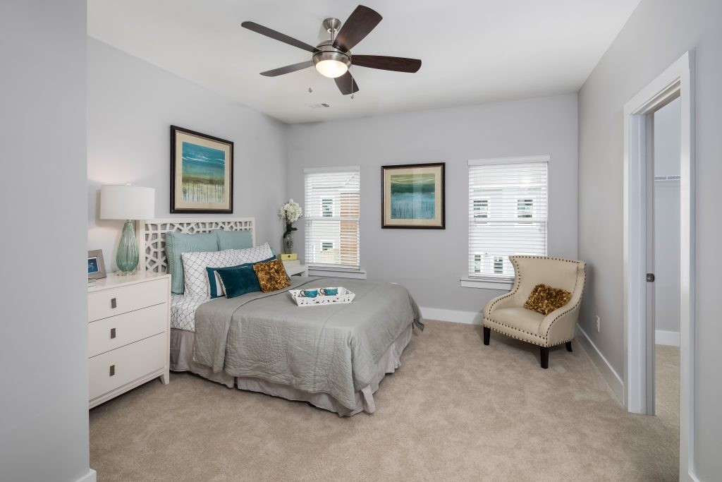 a guest suite in an Eastland Gates home