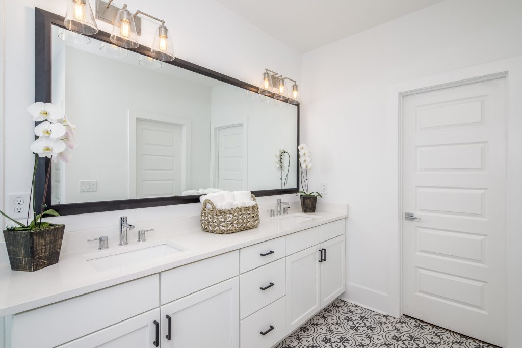 Soft towels in a master bathroom in 28th at Brookwood