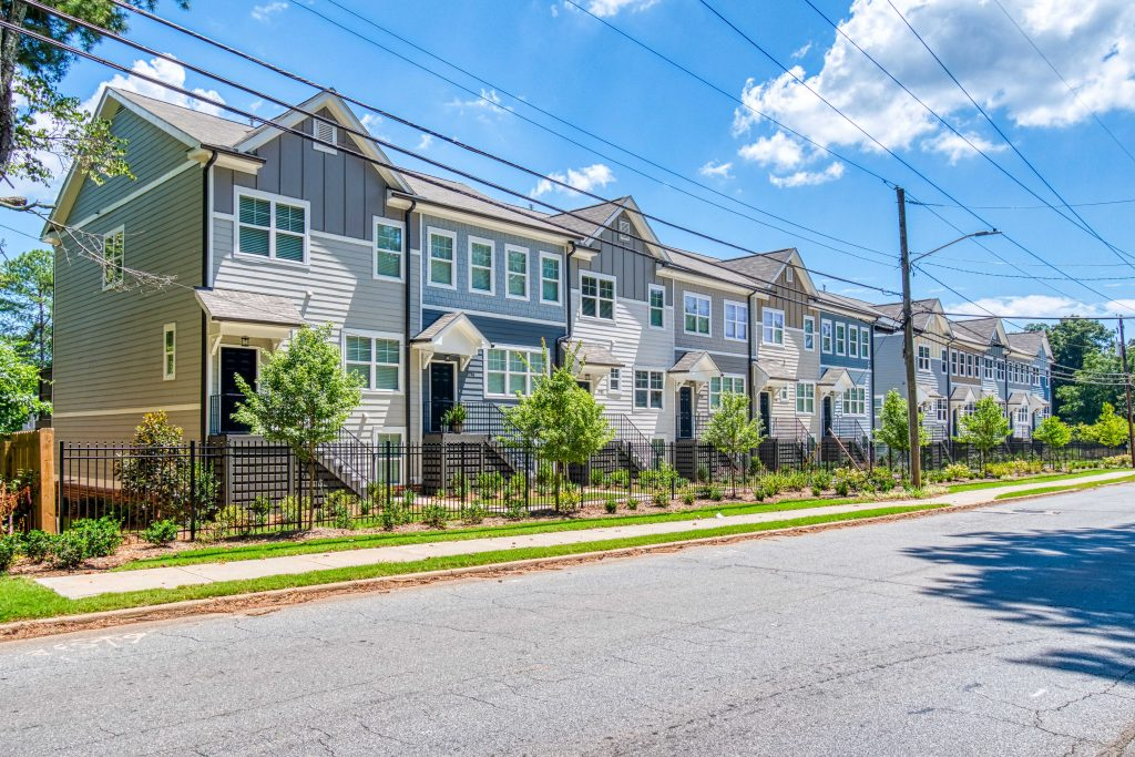 Rockhaven has Fall incentives available for townhomes in Kensington Gates