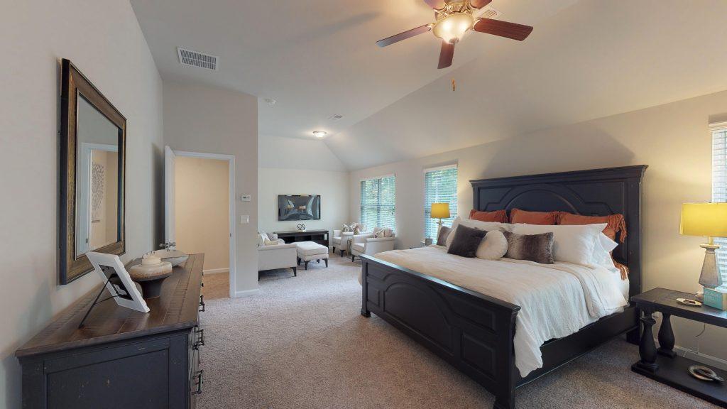 A bedroom like those in Keswick Estates