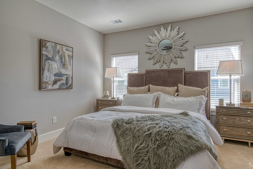 a master suite in Eastland Gates