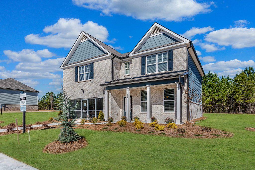 Get a big yard in jonesboro at keswick estates