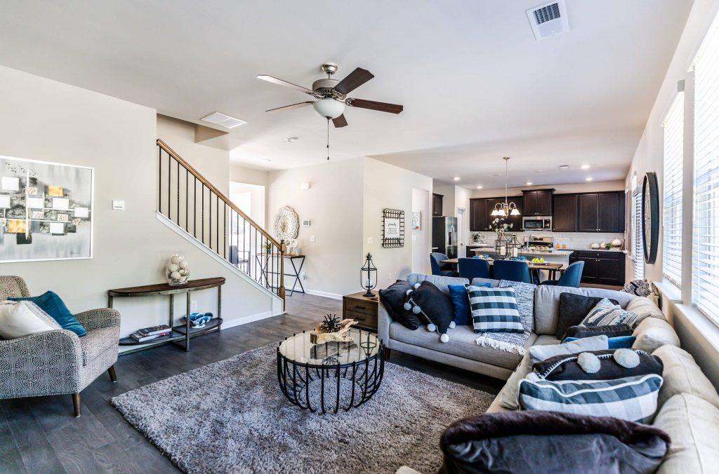 Creating A Cozy Living Room For Fall, Cozy Living Room