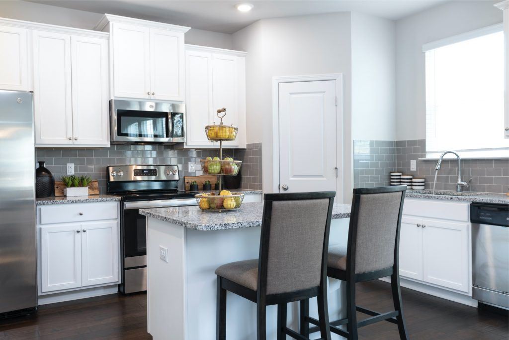 a kitchen in lakeview at stonecrest
